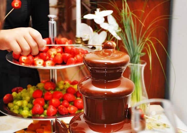 Шоколадный фонтан Chocolate Fondue