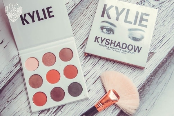 Дизайн упаковки теней Kylie Kyshadow