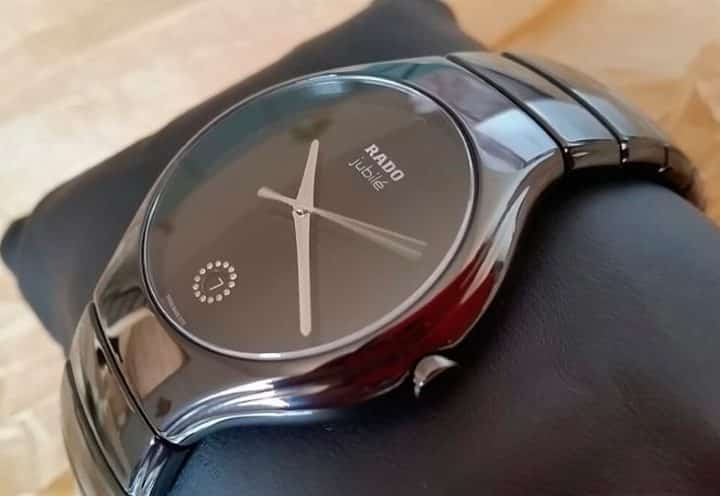 Часы RADO Jubile True - сплав дизайна и технологий