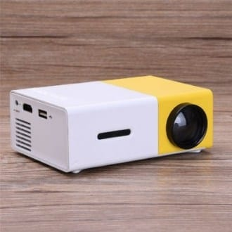 Мини-проектор YG-300